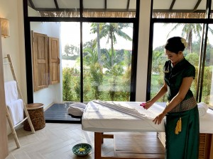 3. Treatment Oasis Tropical Retreat Spa