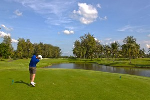 Thai-Country-Club-tee-off