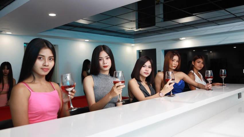 Sites bangkok dating Expat Dating