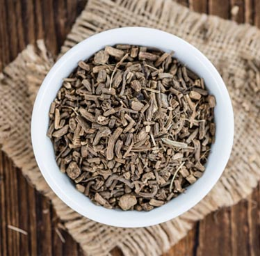 How Valerian Root Helps You Relax and Sleep Better