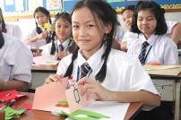 Could Expats be the solution to failing English in Thai schools?